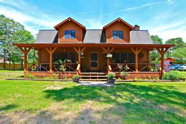 Cabin Style Wrap Around Porch Of Home For Sale In Hubert NC | Homes Of The  Greater Jacksonville North Carolina 28540 And 28546 Area!